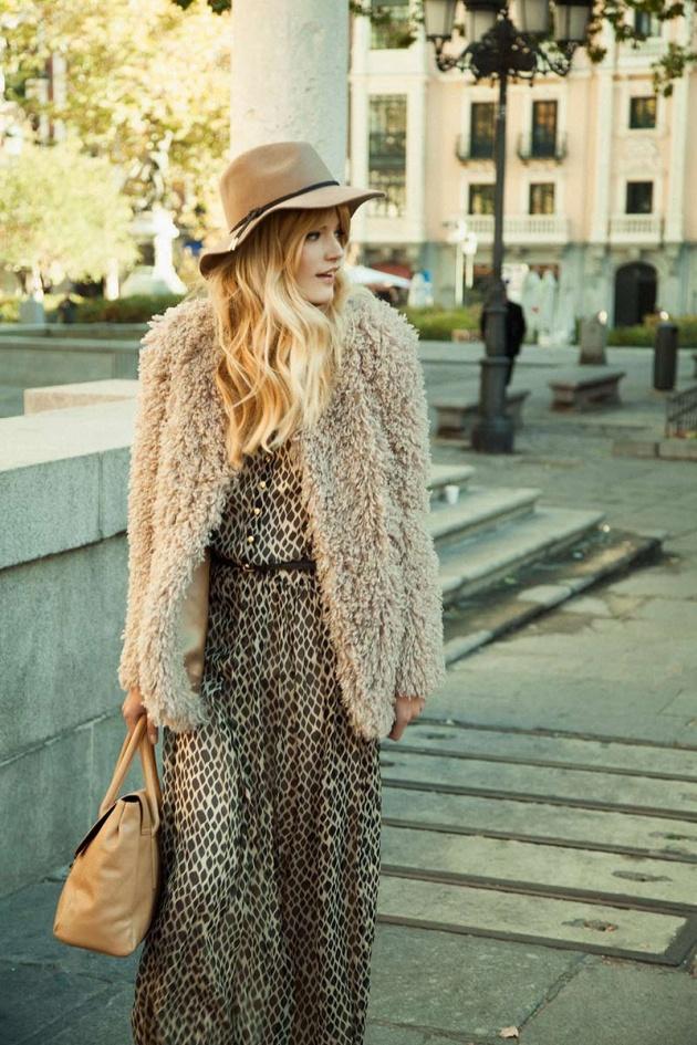 el_estilo_de_sienna_miller_nos_inspira_para_crear_5_looks_de_tendencia_para_este_invierno_939090866_800x